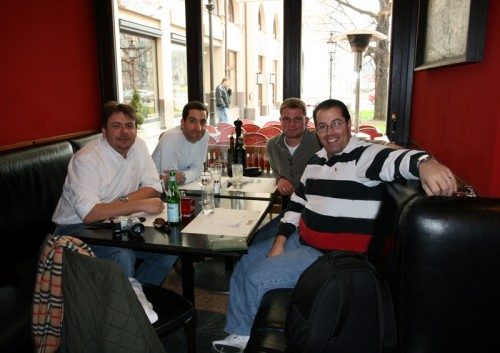 hannes-and-group-at-romas